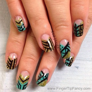 DETAILS AT : http://fingertipfancy.com/tribal-turquoise-gold-nails
