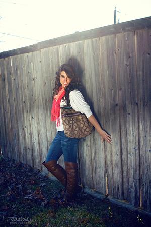 Makeup: Shawnee Leonard Hair: Charis Orr Photography: Francisco Giles Model: Caryn Cooper
