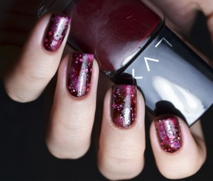 """My """"end of the world"""" nails http://www.xoxoalexisleigh.com/2012/12/space-blood-end-of-world.html"""