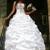 Beautiful wedding dress!!