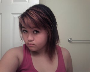 just bleached it!! when i added purple.... turned pink/red D: