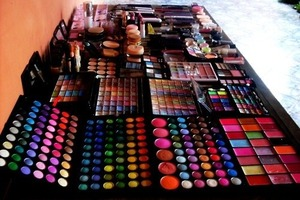 Like I have NO IDEA why I'm always posting future makeup desks all the time…😝😣☺😊 LOL, I'm so CRAY-CRAY!