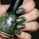 Mosaic Glitter Nails