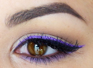 A colorful everyday makeup! More pictures here http://leanna-makeupartist.blogspot.fr/2013/06/duochrome.html