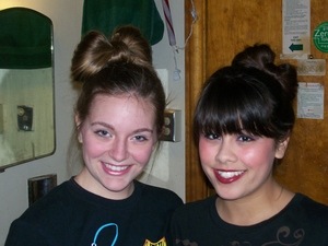 My roommate and I like bowtie hair. :3