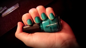 Loooove this color!!:D