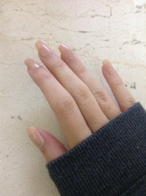 Nude nails for today