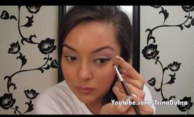 How To: Do Winged Eyeliner