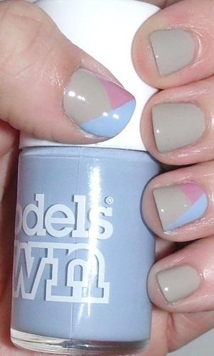 Model's Own- Beth's Blue Essie- Yogaga Sinful Colors- Starfish