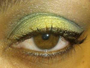 Love Greens! http://makeupbyrachelbush.blogspot.com/2011/09/lotd19-green.html