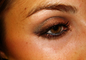 Copper and Teal eye