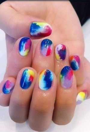 Cute nails (:         ** not mine I just wanted to share cute nails