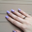 Lilac pastel round nails