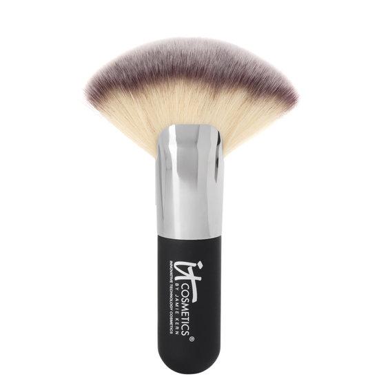 It Cosmetics Heavenly Luxe Mega Fan 9 Beautylish