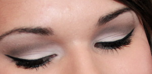 Everyday Cut Crease makeupbykailanmarie.blogspot.com