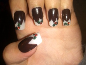 Fake nails, painted Christmas pudding.on to blank false nails :)