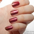Lannister inspired nails