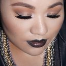 Rock-Glam Black Lips Look