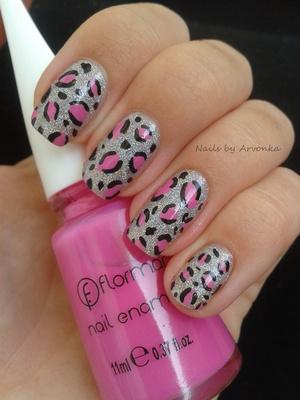 http://arvonka-nails.blogspot.sk/2012/07/leopardie-nechtiky.html