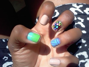 different color mani!