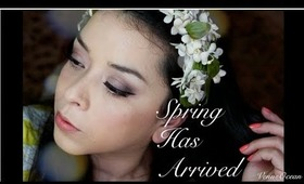 Spring Has Arrived- Makeup Tutorial- Urban Decay Naked 3 Palette