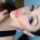 love her look 😍