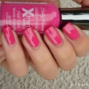Sally Hansen 320 Fuchsia Power
