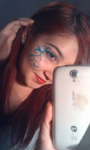 gel eyeliner done with the amazing angle brush :)