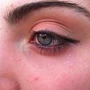 warm summer makeup