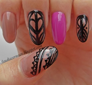Tutorial on : http://claudiacernean.blogspot.ro/2013/09/unghii-maro-brown-nails.html