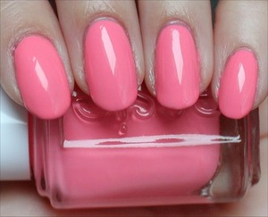 See more swatches & my review here: http://www.swatchandlearn.com/essie-knockout-pout-swatches-review