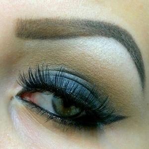 Basic smokey eye using MAC: Stately Black (Hello Kitty Collection), Soba