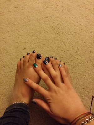 Wet n Wild mani & Dashing Diva pedi Not my best, but not bad for nails done in a moving vehicle (: SKILLZ