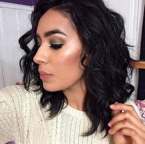 Becca Opal highlighter