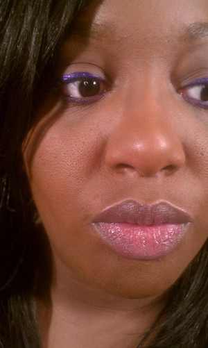 When you're lazy, or in a rush, use colored liner instead of shadow!!