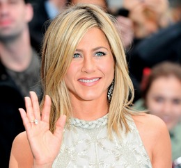 "Jennifer Aniston's Makeup at the ""Horrible Bosses"" UK Premiere"