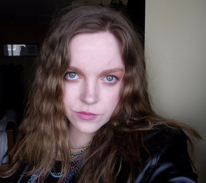 Yes, I am old enough to remember the crimped hair trend the first time around #80schild Trying out Spring 2012 trends