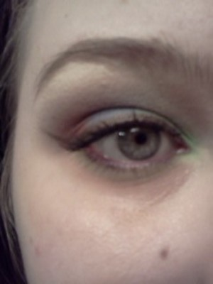 Grey,green, red, and bronze liner.
