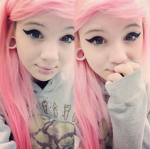 This...will be my hair <3 and the baby doll face..oh my c: