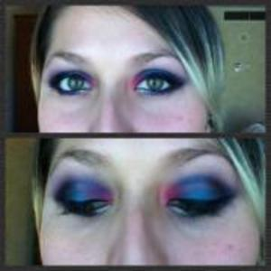 Playing with my wet and wild pallette =p
