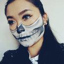 The skeleton  Looks 4