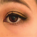 Everyday neutral eye