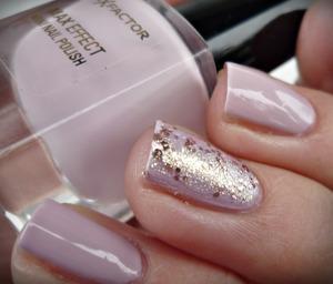 http://malykoutekkrasy.blogspot.cz/2014/01/max-factor-max-effect-mini-nail-polish.html