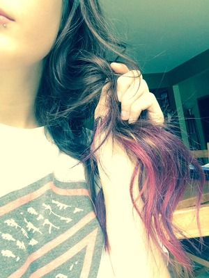 Dyed the ends of my hair pink & purple & I'm loving it!