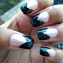Black glittery chevron french manicure