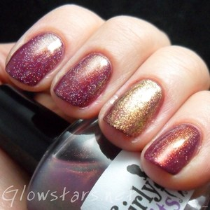 To find out more about this mani visit http://glowstars.net/lacquer-obsession/2012/09/the-mad-blog-awards