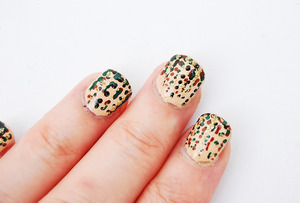 "Hi everyone! Halloween is just around the corner and I wanted to share this 2 in 1 Halloween Nail art Camouflage ideas, just in case someone might ""join"" the army this Halloween!  Inspiration source: http://www.youtube.com/watch?v=9on3pHIsHw0 For close ups go to: http://cutesimplestuff.blogspot.com  Instagram/Twitter  @cutesimplestuff  Thank you for watching, thumbs up this video, comment and Subscribe! Talk to you later! xo. renee  Keywords: camouflage nail art, camouflage nails, camo nails, Halloween nails, Halloween nail art, Halloween costumes, Halloween ideas, Military nails, fall nail art, Manicure, Nail polish, Nailart, Nail design"