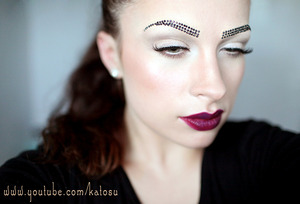 Rhinestone brows :)