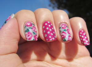 roses & polka dots nails @gemsinabottle