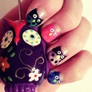 Cute owl nails.